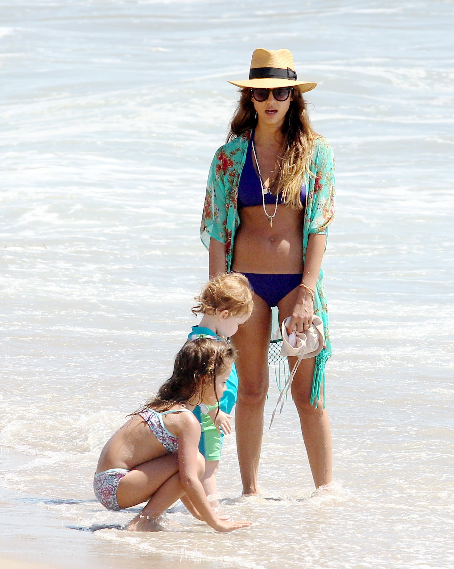 Jessica Alba played near the water with her daughters, Honor and Haven.
