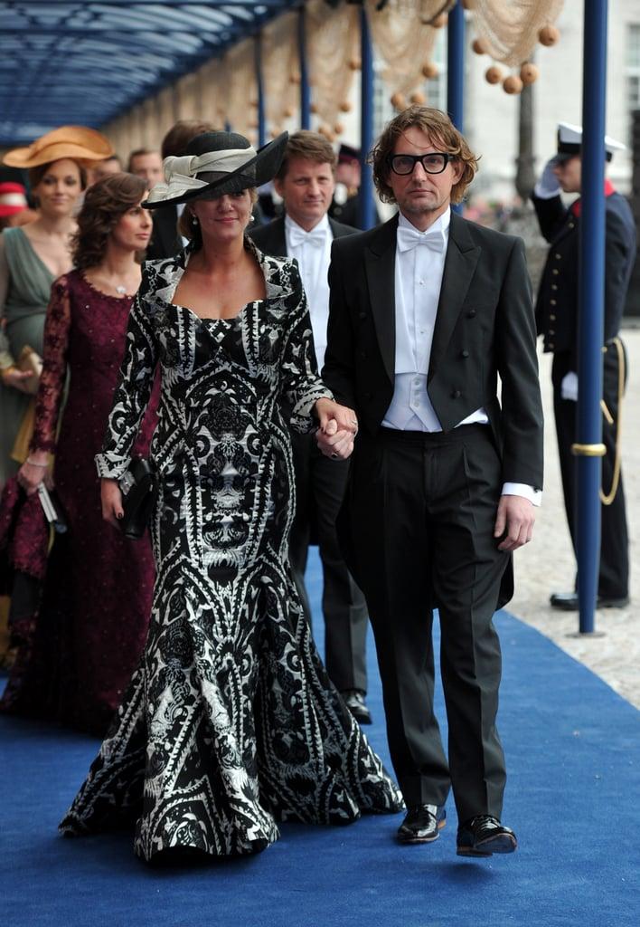 Prince Bernhard of Orange-Nassau, van Vollenhoven, and Princess Annette of Orange-Nassau, van Vollenhoven-Sekrève, held hands leaving the ceremony.