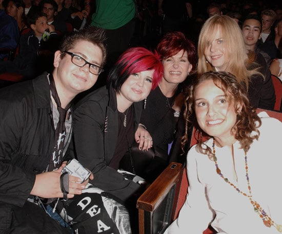 Jack Osbourne, Kelly Osbourne, and Sharon Osbourne posed in the audience with Natalie Portman and Nicole Kidman in 2002.