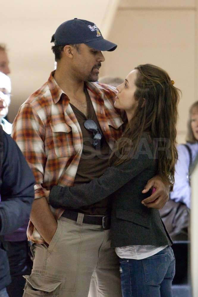 Eliza Dushku and Rick Fox Bring Their PDA Back to LA For Christmas