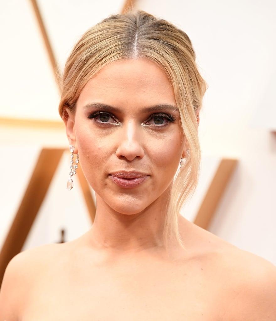 Scarlett Johansson S Earrings At Oscars 2020 Popsugar Fashion
