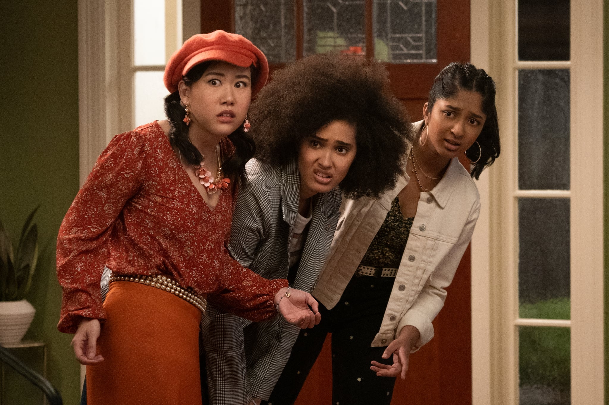 NEVER HAVE I EVER (L to R) RAMONA YOUNG as ELEANOR WONG, LEE RODRIGUEZ as FABIOLA TORRES, and MAITREYI RAMAKRISHNAN as DEVI VISHWAKUMAR in episode 202 of NEVER HAVE I EVER Cr. ISABELLA B. VOSMIKOVA/NETFLIX  2021