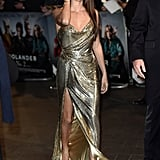 With 1 Gold Dress, Penélope Cruz Became 2016's #RedCarpetGoals