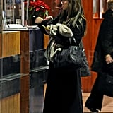 Pictures of Nick Lachey and Vanessa Minnillo Departing Italy After NYE 2011