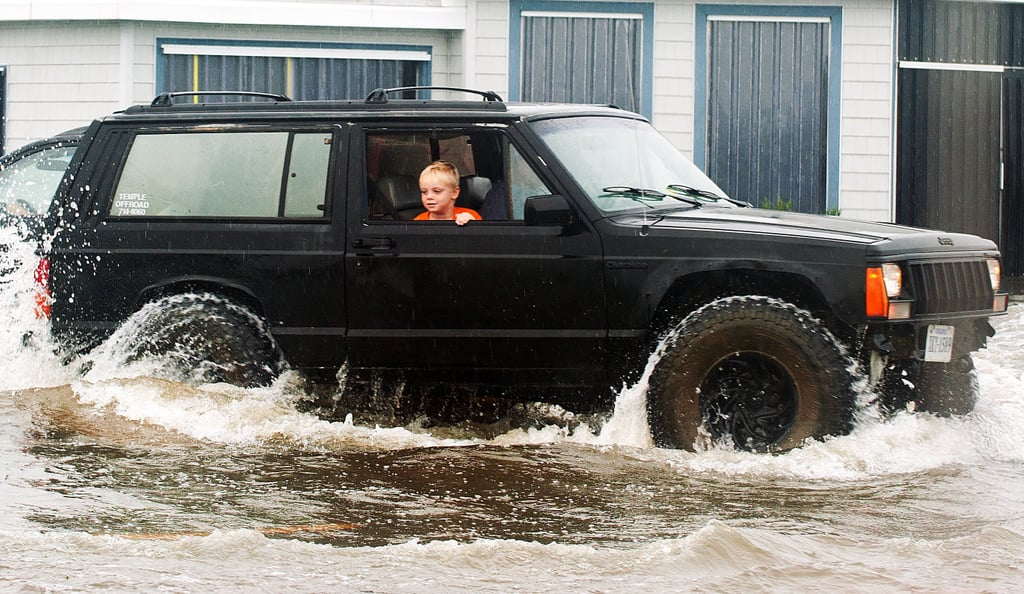 Hurricane Earl Ruins Labor Day Plans