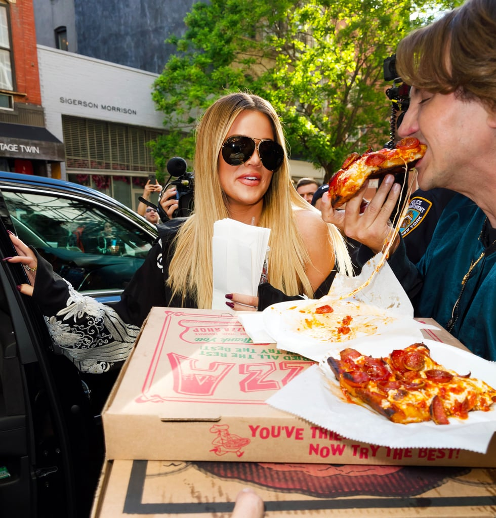Kim and Khloe Kardashian Eating Pizza in NYC