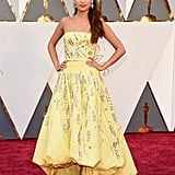 Alicia Vikander Gives Princess Belle a Run For Her Friggin' Money at the Oscars