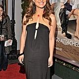Pregnant Natalie Portman Picks a Peephole Dress For No Strings Attached Premiere