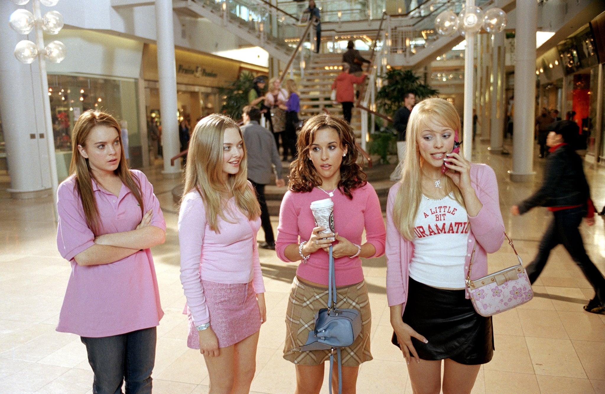 MEAN GIRLS, Lindsay Lohan, Amanda Seyfried, Lacey Chabert, Rachel McAdams, 2004, (c) Paramount/courtesy Everett Collection