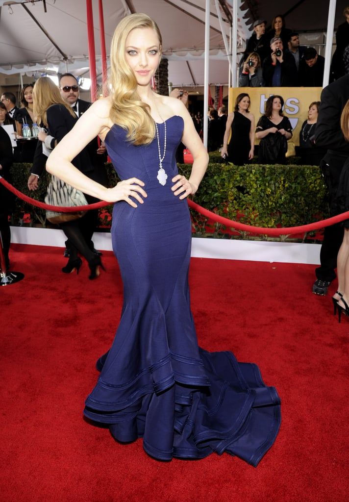 Amanda Seyfried Goes With a Dramatic Gown at the SAG Awards