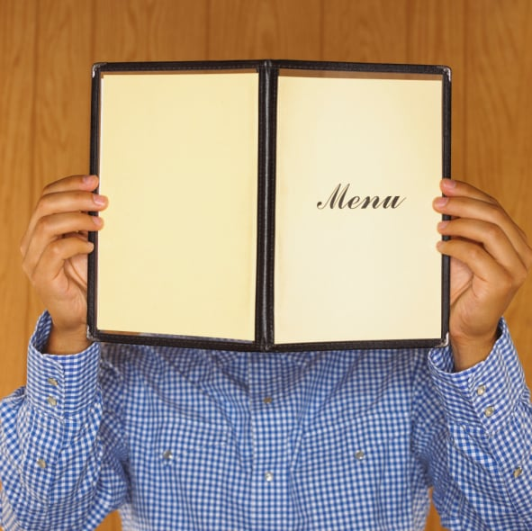 Does a Food Critic's Anonymity Matter?