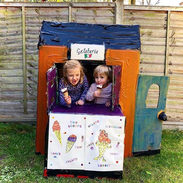 Make an ice-cream shop playhouse!