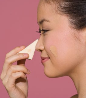 how to get the right foundation texture for your skin 2010 08 17 09