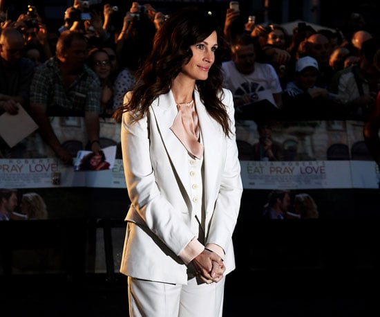 Slide Picture of Julia Roberts at the UK Premiere of Eat Pray Love