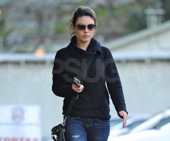 Pictures of Black Swan's Mila Kunis Leaving a Nail Salon in LA