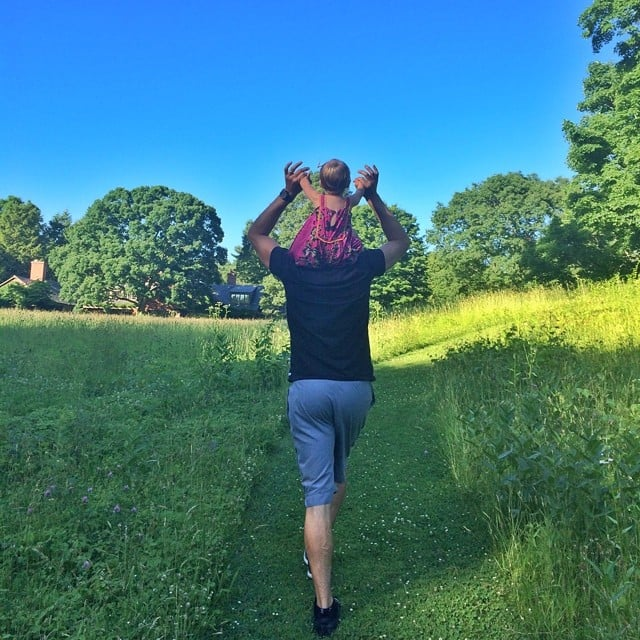 Gisele Bündchen and Tom Brady's daughter, Vivian, got a lift on Tom's shoulders. Source: Instagram user giseleofficial