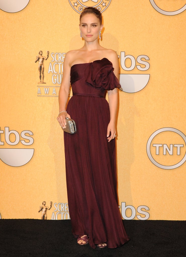 Natalie Portman in Strapless Giambattista Valli Couture Gown at the 2012 Screen Actors Guild Awards