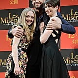 Anne Hathaway and her Les Mis costars hugged.
