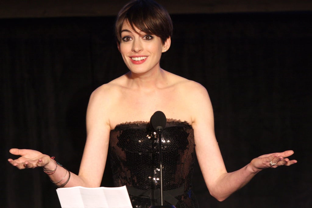 Anne Hathaway showed off her personality on stage.