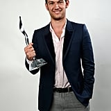 Alex Pettyfer posed with his Young Hollywood Super Star of Tomorrow Award.
