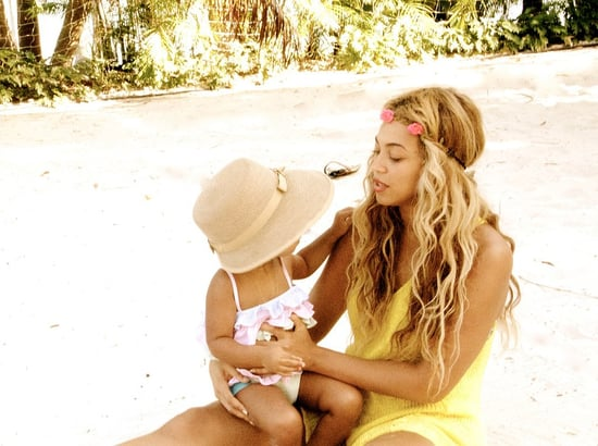 Beyoncé-held-onto-Blue-Ivy-during-vacation-July