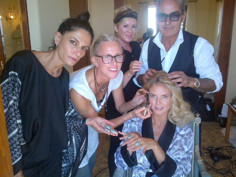Heidi Klum shared a picture while getting ready for the day. Source: Twitter user heidiklum