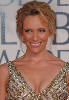 Toni Collette Wins the 2010 Golden Globe Winner For Best Actress in a TV Comedy