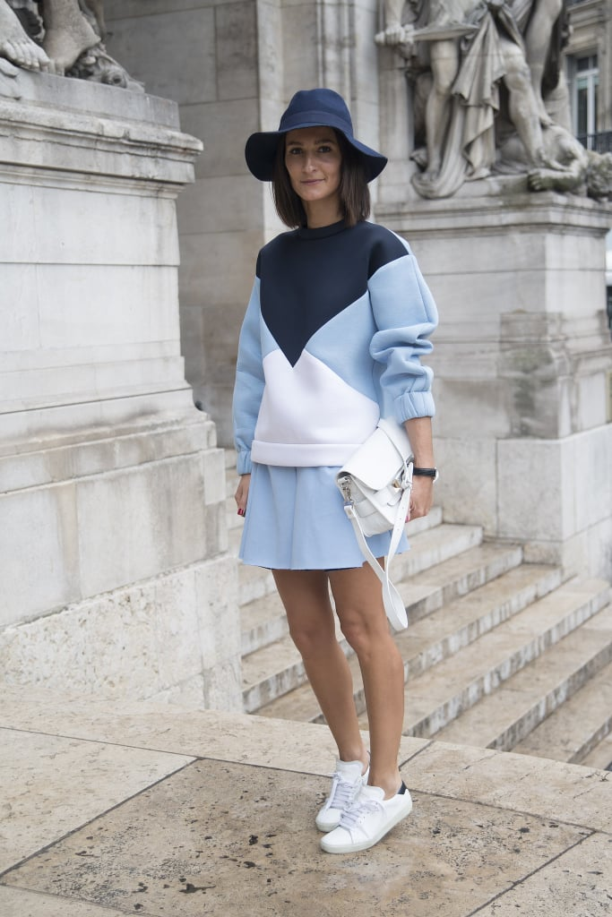 This Stella McCartney look is a perfect example of daytime dressing. An oversize jumper and matching skirt are a stellar pair with clean white shoes.