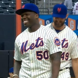 50 Cent's Bad First Pitch at New York Mets Game