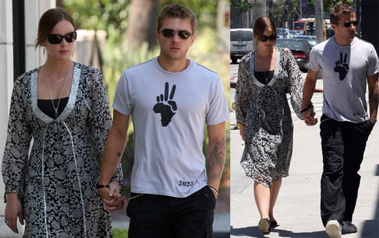 Photos of Ryan Phillippe Holding Hands With Abbie Cornish