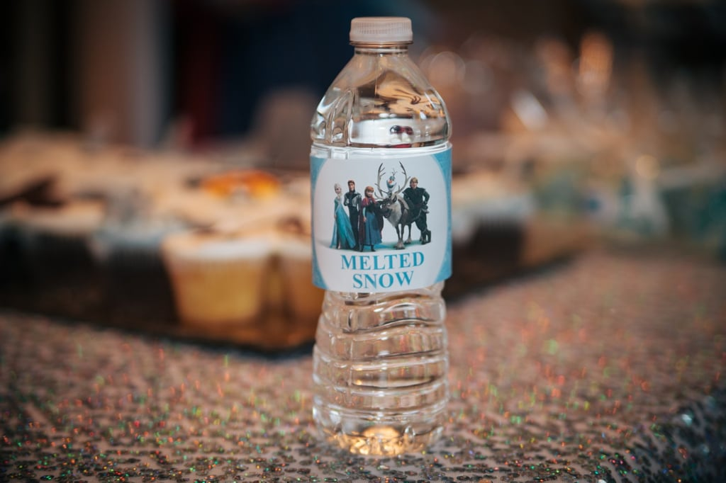 One of the greatest parts about Anna's Frozen celebration was her attention to small details. She turned everyday objects (like water bottles) into special references from the movie.