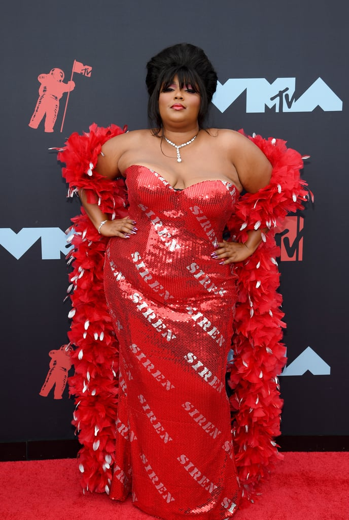 Lizzo Beehive Hairstyle at the MTV VMAs 2019