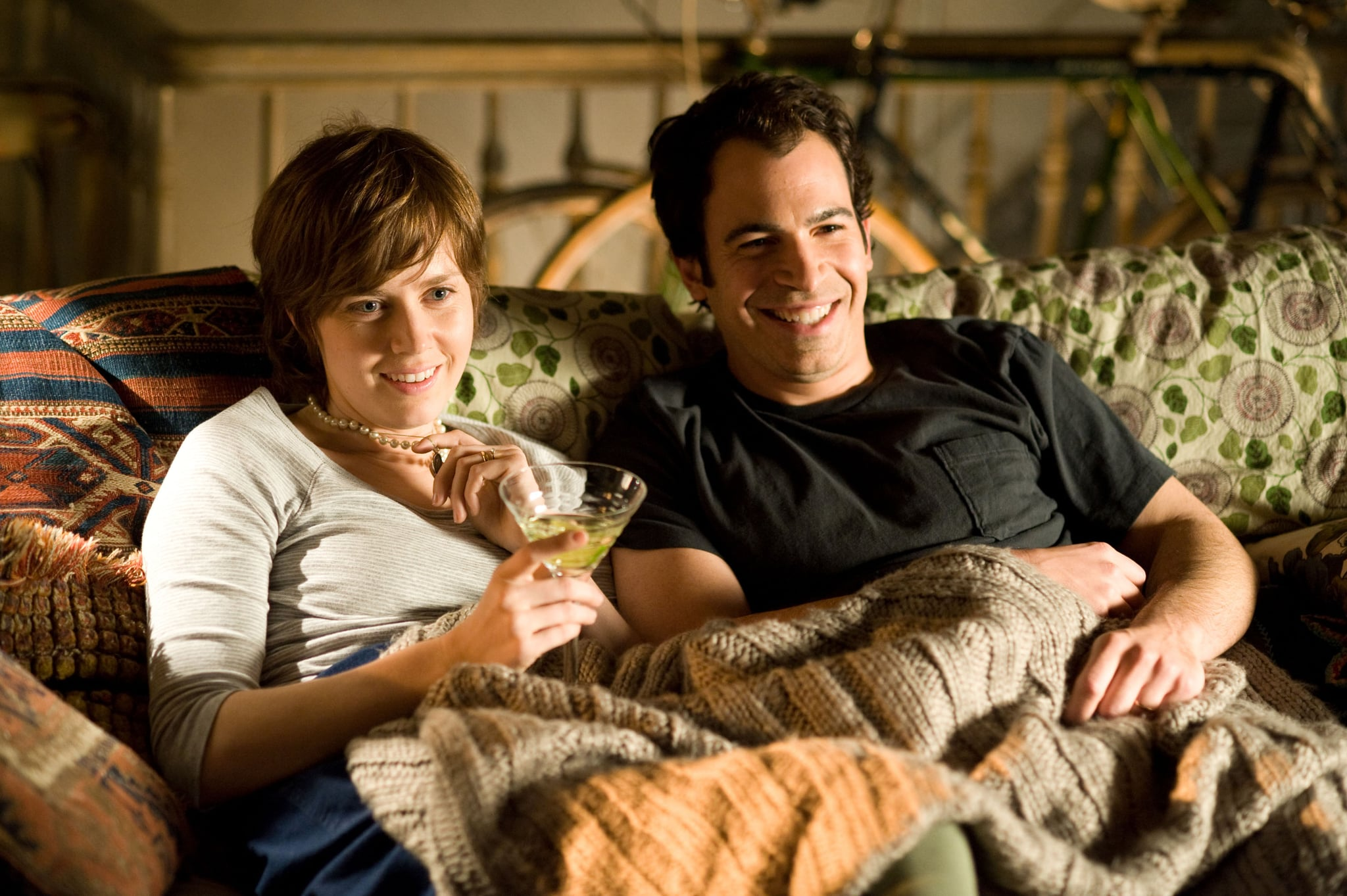 JULIE & JULIA, from left: Amy Adams, Chris Messina, 2009. Ph: Jonathan Wenk/Columbia Pictures/Courtesy Everett Collection
