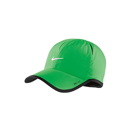 8176c10419c Nike Feather Light Cap in Green