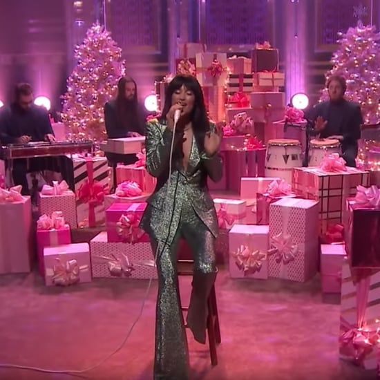 "Kacey Musgraves Performs ""Glittery"" on Jimmy Fallon Video"