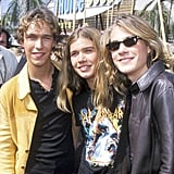 The Hanson brothers attended the Teen Choice Awards in 2000 together.