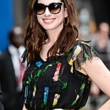 Anne Hathaway, Woman After Our Own Hearts, Wore a $15 Dress on Live TV