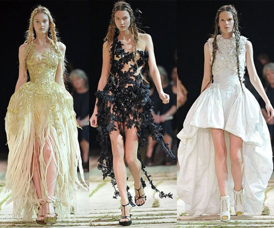 Spring 2011 Paris Fashion Week: Alexander McQueen 2010-10-05 13:33:07