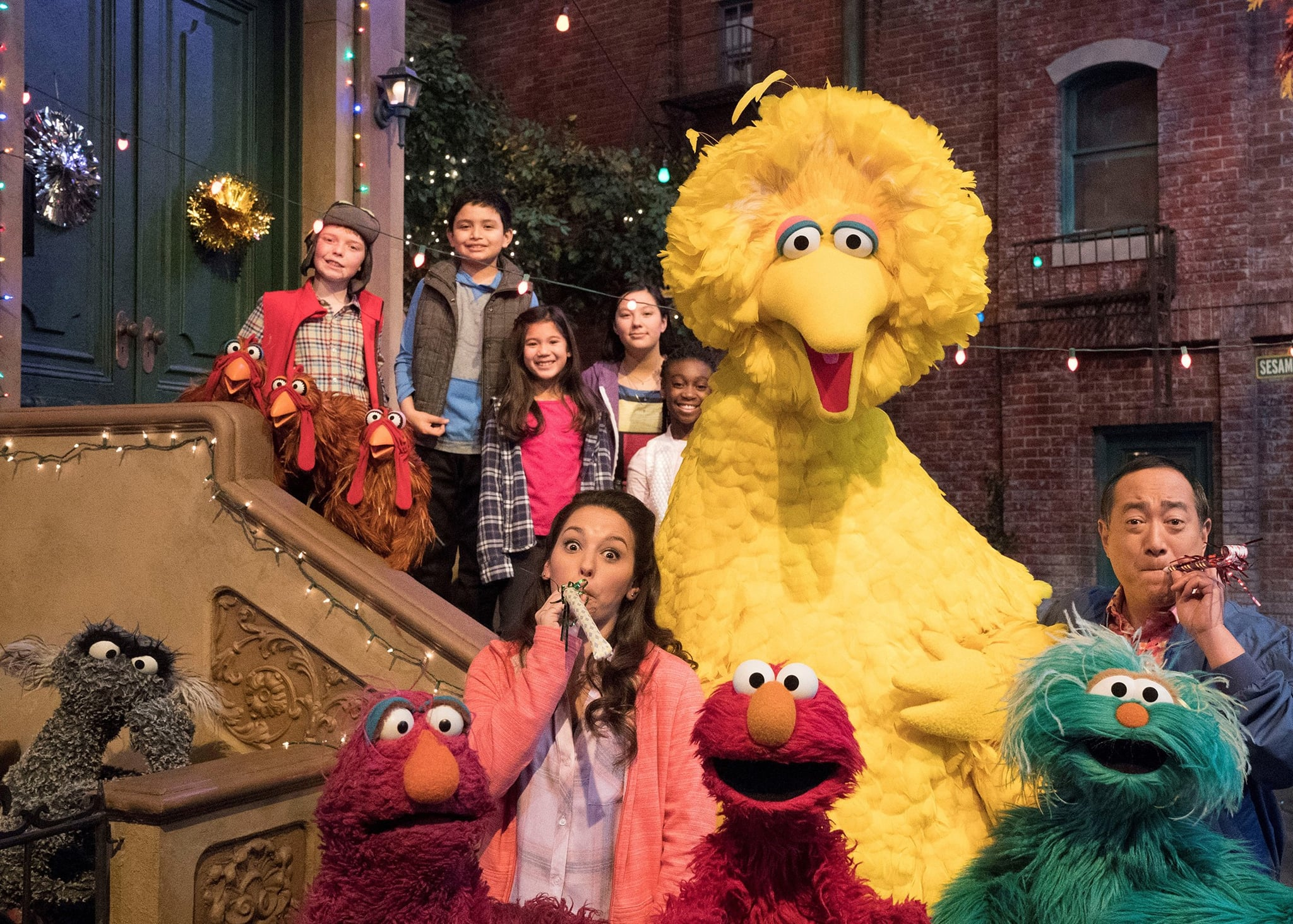 SESAME STREET, bottom from left: Oscar the Grouch, Monster, Suki Lopez, Big Bird, Elmo, Rosa, Alan Muraoka, (Season 49, aired Nov. 10, 2018). photo: Richard Termine / HBO/courtesy Everett Collection