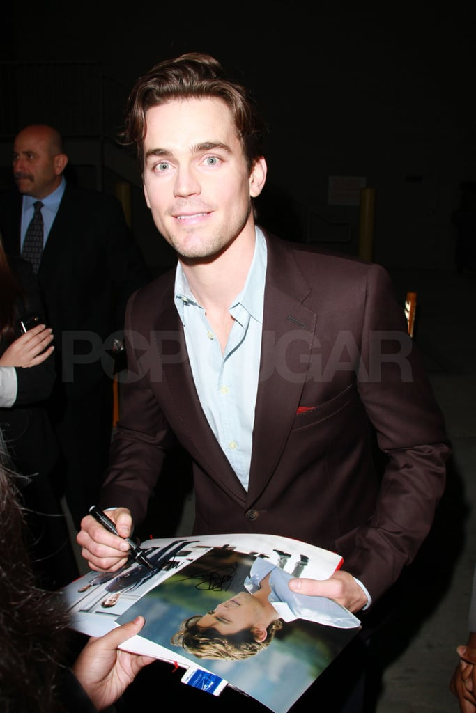 Matt Bomer signed autographs for fans outside the Jimmy Kimmel Live studios in LA last night. The handsome actor and his White Collar costar Tiffani Thiessen have been enjoying the warm weather on the West Coast during their break from shooting in snowy NYC. He's been keeping busy during his downtime, though, and was recently among the good-looking guys on the red carpet at the Golden Globe awards. He looked just as dapper for his one-on-one interview with Jimmy Kimmel to chat about his run-in with President Clinton, who happens to a big fan of Matthew's USA network comedy. Matthew also revealed he's heading home to Texas for the Super Bowl, though he wouldn't fully commit to endorsing either the Pittsburgh Steelers or the Green Bay Packers. Make sure to check out YumSugar if you're planning a party for the big game, since they'll have you covered with dip ideas and delicious beer cocktails to kick off your celebrations!