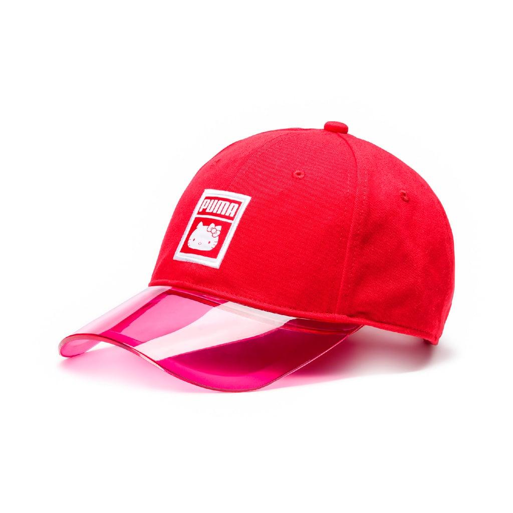 قبعة PUMA x Hello Kitty، بسعر 135 درهماً إماراتيّاً