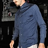 David Beckham ate at a pub in London with friends.
