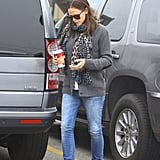 Jennifer Garner carried her coffee.