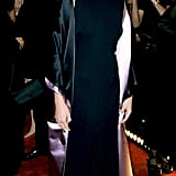The inside of Julia's long cape flashed pink satin at the cameras at the 1998 People's Choice Awards.