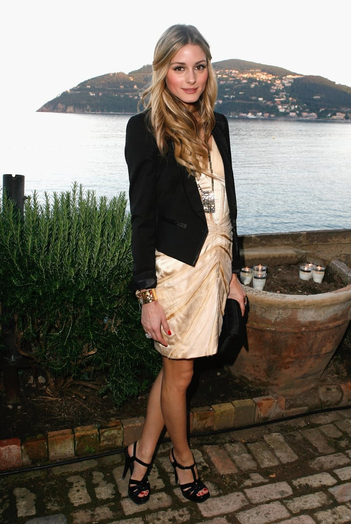 A perfectly chic tuxedo blazer and cocktail dress for the Serpentine Summer Gallery party in 2009.
