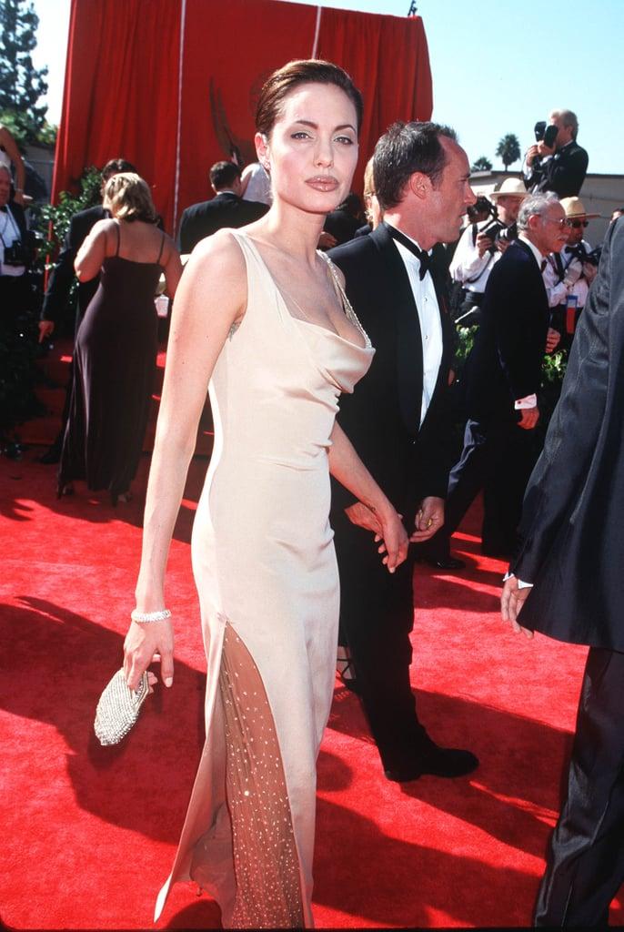 Angelina Jolie's Neutal Lip Liner