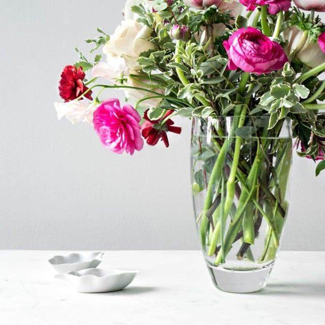 Kate Spade New Yorks Larabee Dot Bouquet Vase Wedding Shower Gift