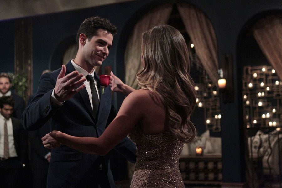 Awkward Moments From Wells's Date on The Bachelorette