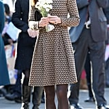 Kate Middleton accepted flowers ar the Rose Hill Primary School in Oxford.