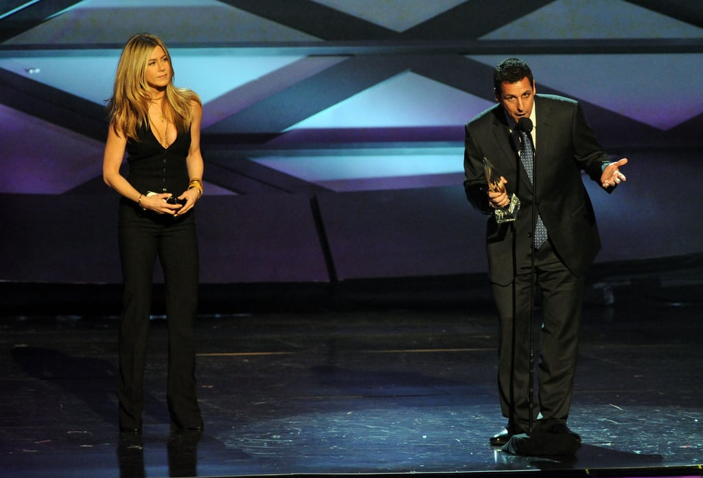 Sexy Jennifer Aniston Opens the People's Choice Awards in Cleavage-Baring Vest!